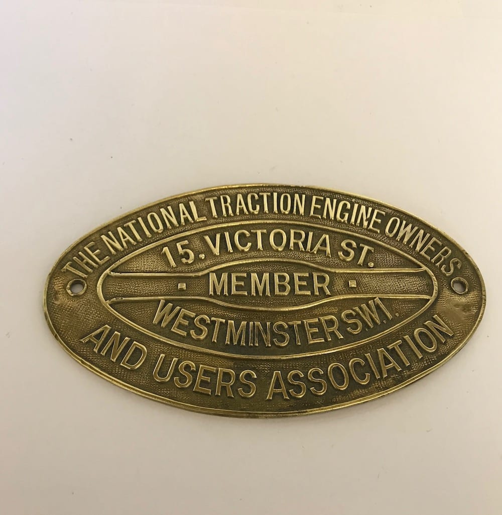 ORIGINAL NATIONAL TRACTION ENGINE OWNERS AND USERS ASSOCIATION SMALL BRASS PLAQUE - Vintage Motoring UK