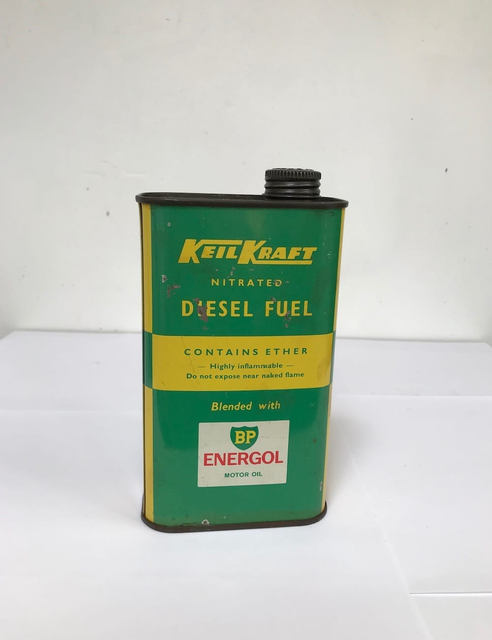 KIEL KRAFT DIESEL FUEL BLENDED WITH B.P. ENERGOL ONE PINT CAN. - Vintage Motoring UK